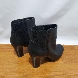 Nine West Black Leather Block Heel Ankle Boot 7.5M